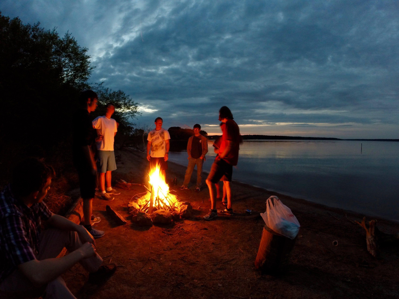 Enjoying camping in Myanmar. #nature #mountains #campfire