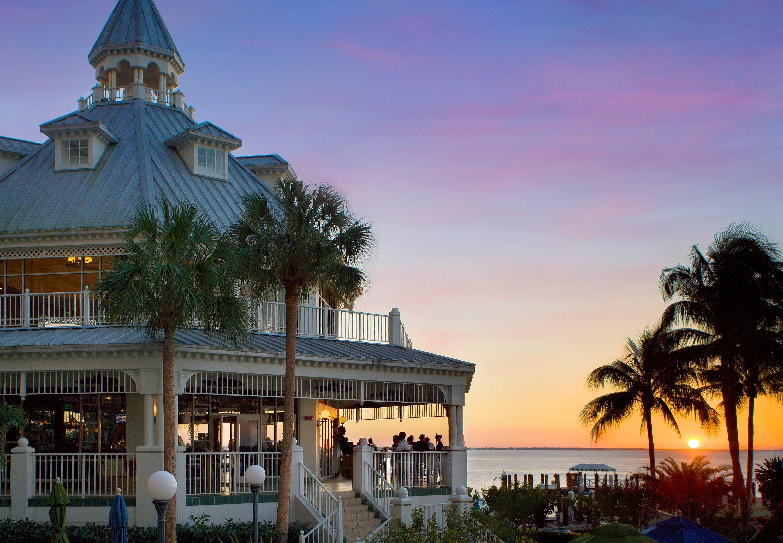 Fort myers beachfront hotels marriott resorts florida