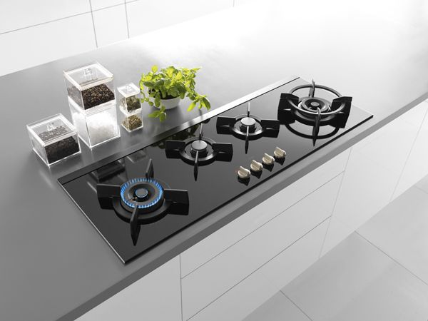 Sleek Glass Gas Hob By Atag German Kitchens Uber Best Gas Stove Kitchen Hob Built In Kitchen Appliances