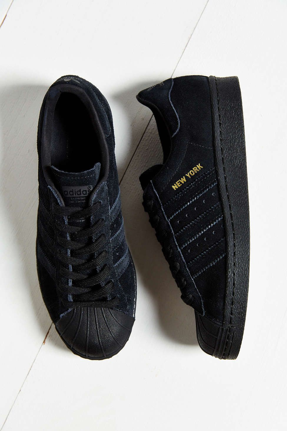 hot sale online fec92 b7d4c adidas Originals Superstar City Pack Sneaker
