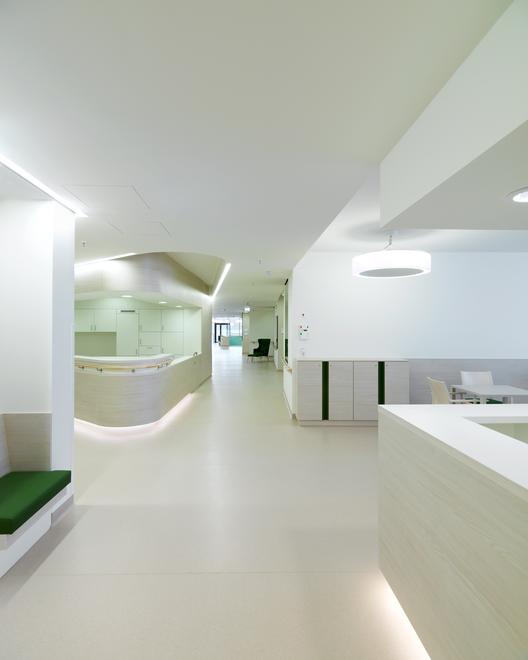 2020 的 Gallery Of Residential And Nursing Home Simmering