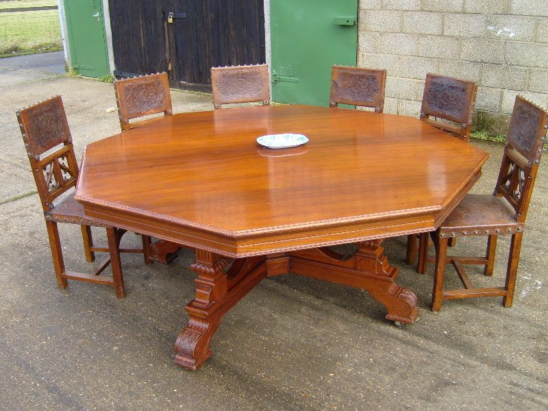 Round Dining Tables For 8  Round Table  Huge 6Ft Victorian Amazing Dining Room Tables That Seat 10 Review