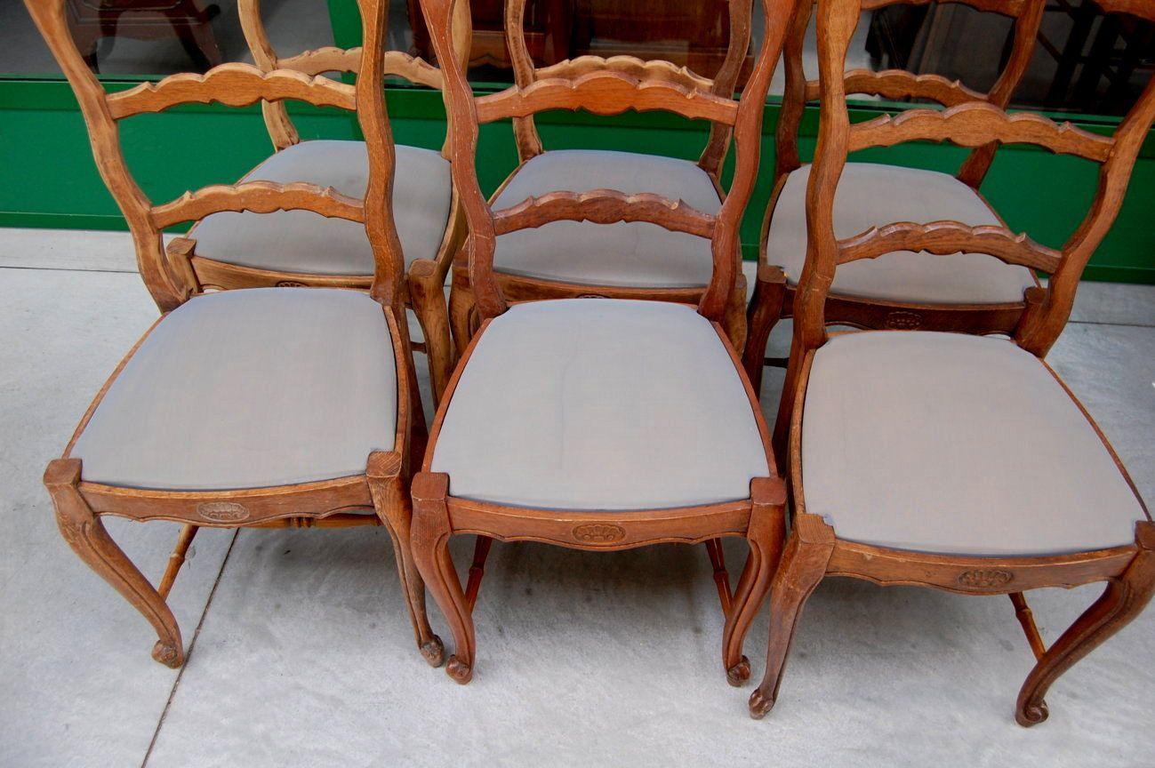 Sedie in rovere massello provenzali scolpite con conchiglia