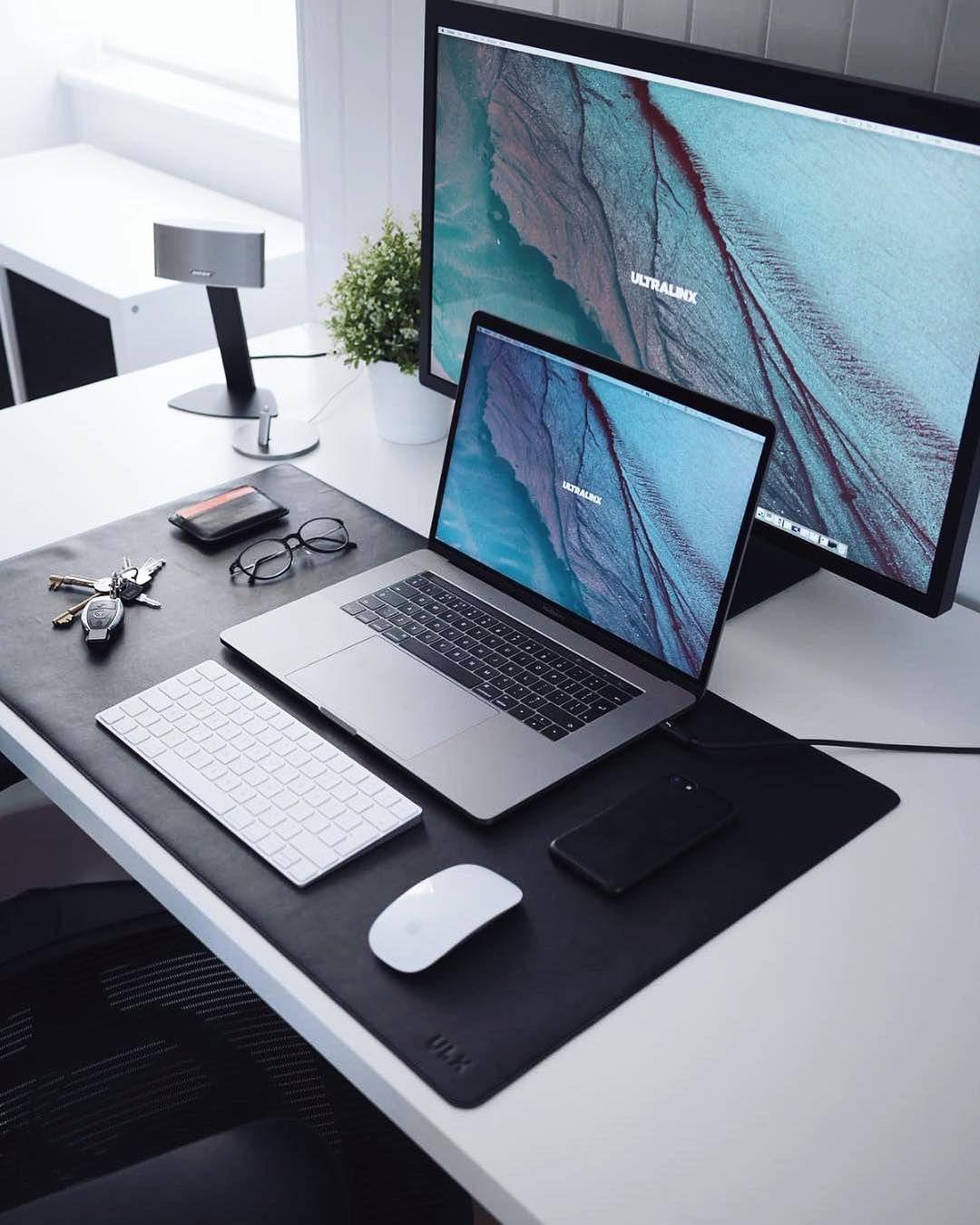 5 740 Likes 17 Comments Minimal Setups Minimalsetups On Instagram Jeffnh Idee Deco Chambre Moderne Inspiration Pour Espace De Travail Bureau Design