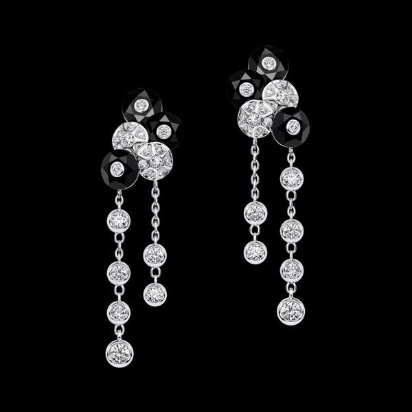 Piaget Earrings are Made for a Splendid Evening Out_26