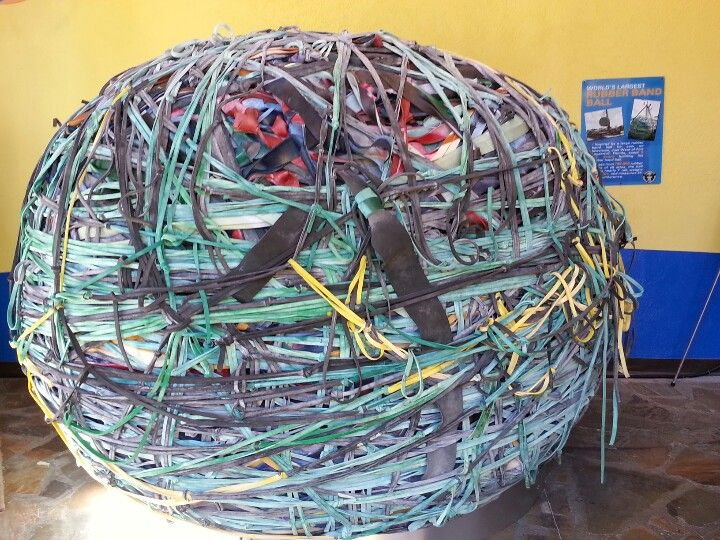 That S Right Gatlinburg Has The World S Largest Rubber Band Ball Housed Right Downtown Gatlinburg Visit Tennessee Gatlinburg Vacation