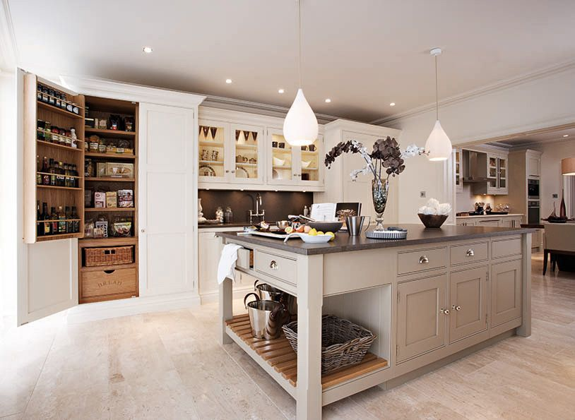 Cream and Walnut Kitchen - Contemporary Walnut Kitchen - Tom Howley