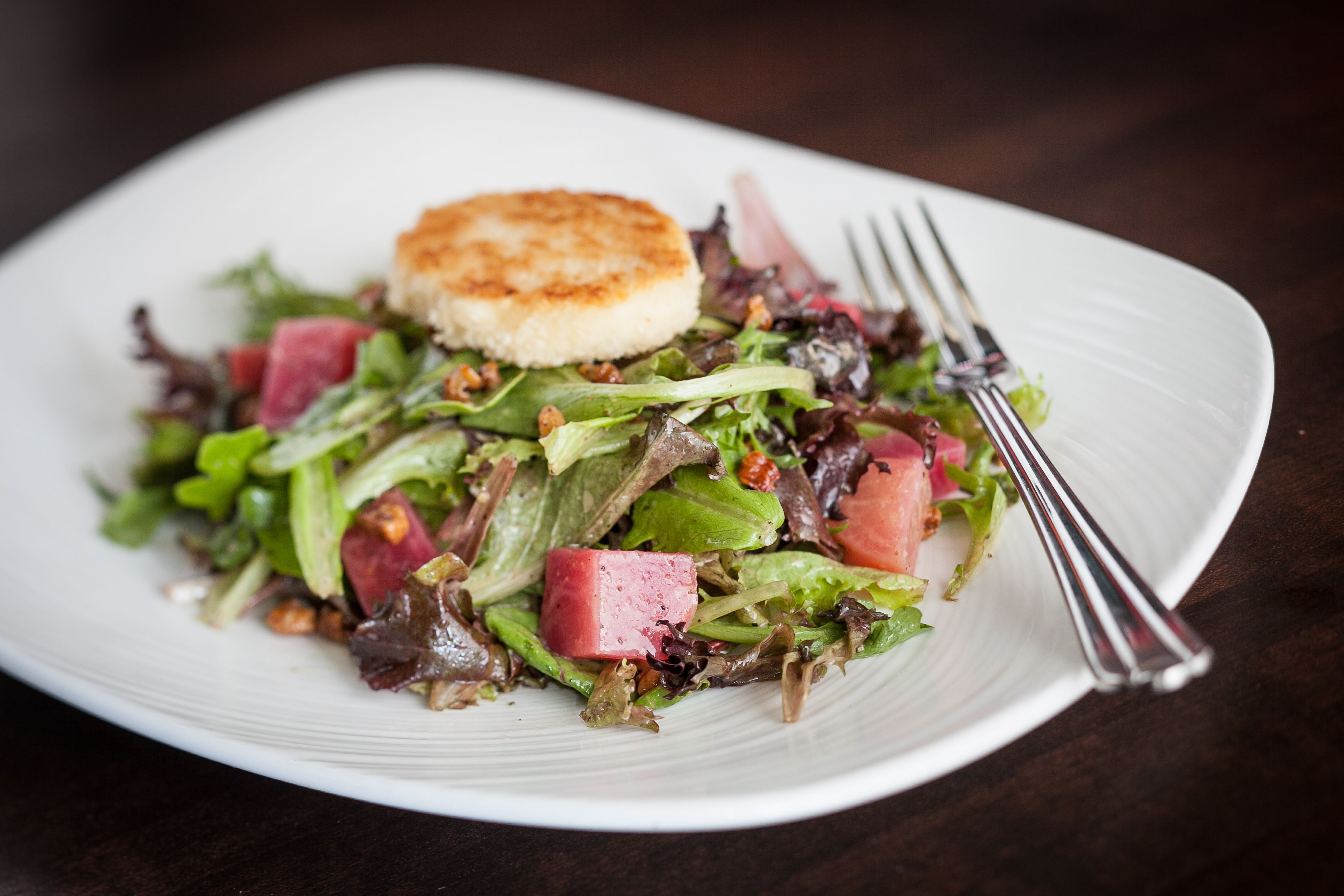 Fresh Beet and Goat Cheese Salad (Grille 401)