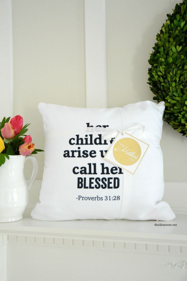Shutterfly Mother\'s Day Pillow with Printable | Pillows and Babies