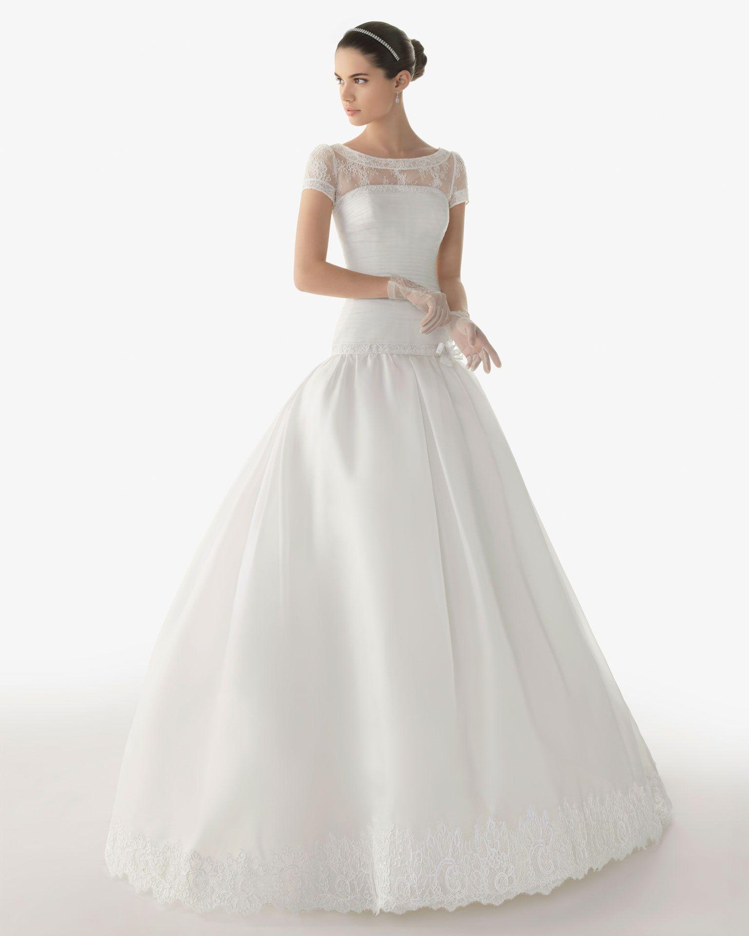 d190e49711 Rosa Clara - Vestidos de novia o fiesta para estar perfecta.