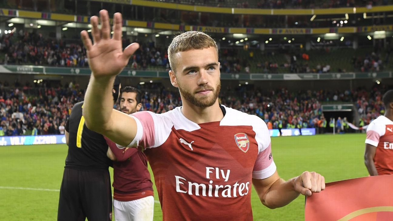 Arsenal defender Calum Chambers in Fulham talks sources