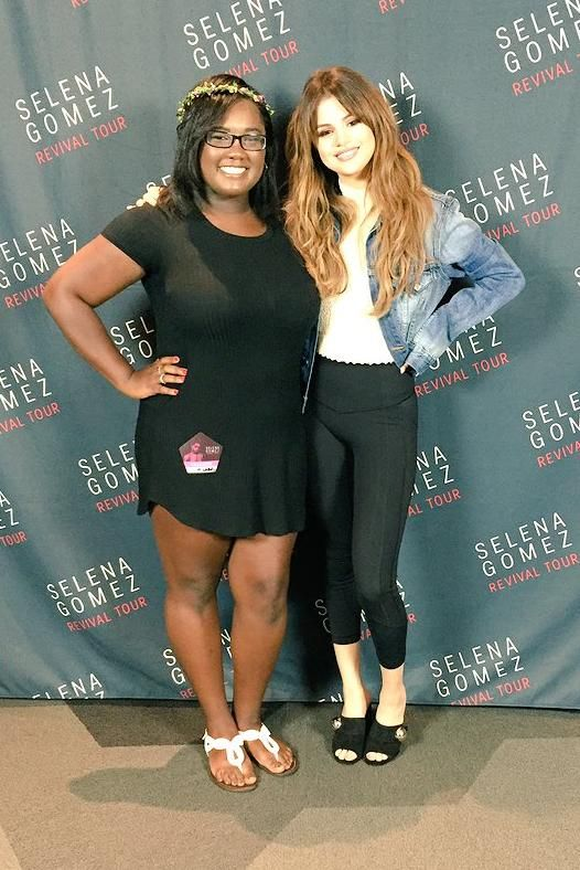 Selena gomez revival tour meet greet in charlotte nc june 7 2016 selena gomez wearing lululemon all the right places crops in black rachel comey natural boucle cropped tee and prada sphere detail suede mules m4hsunfo