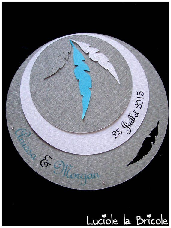 Original round wedding invitation grey and turquoise feather