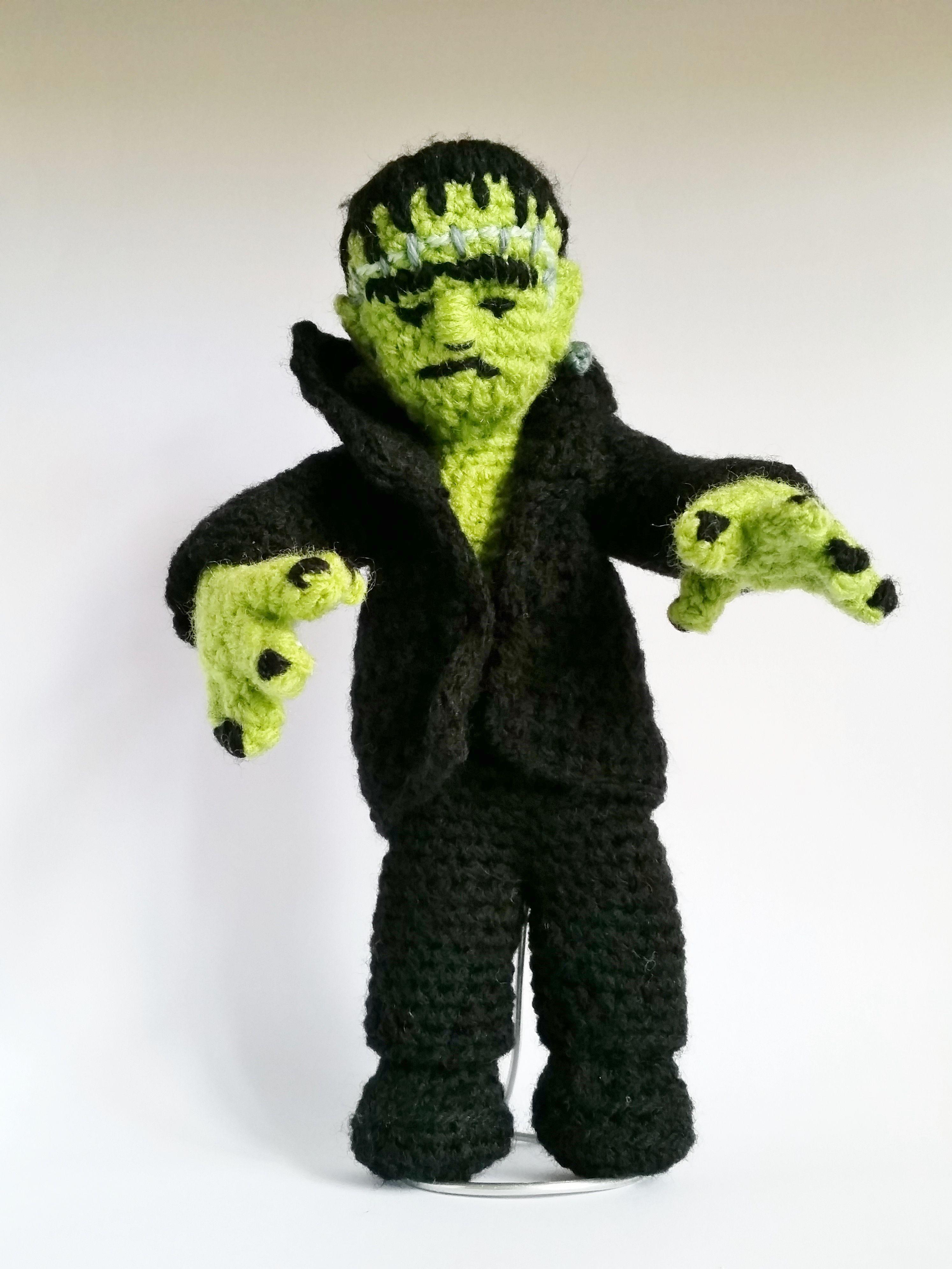 Frankensteins Monster. Eigene Kreation und Herstellung   Häkelpuppen ...