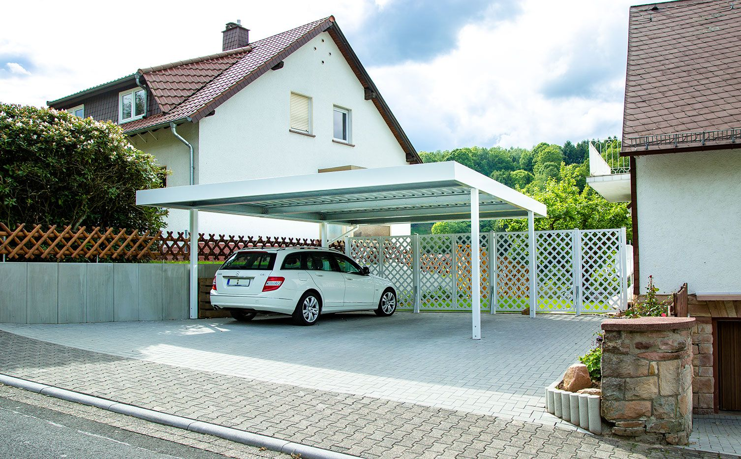 siebau carport cp 403 mit flachdach fallrohr dachrinne. Black Bedroom Furniture Sets. Home Design Ideas
