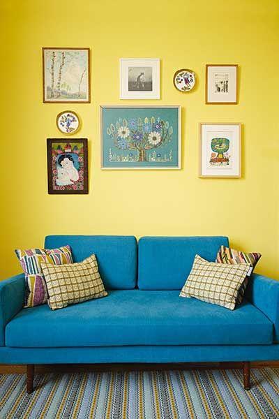 Colourful Mid Century Home Filled With Pattern Period Living Design De Sala De Estar Decoracao Sala Sofa Decoracao De Casa