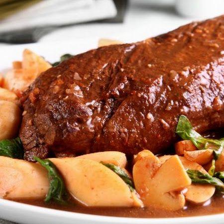 Filé mignon com palmito, cogumelo e espinafre - #Receitas #Culinaria