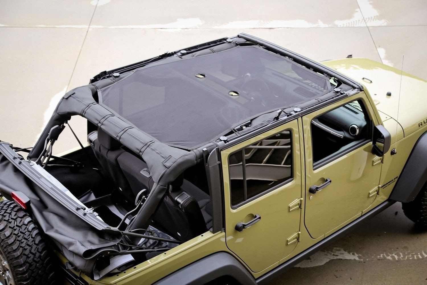 Get That Open Air And Top Down Feeling You Want While Being Protected From Harsh Sunlight Http Ow Ly Jeep Wrangler Jeep Wrangler Jk 4 Door Jeep Wrangler