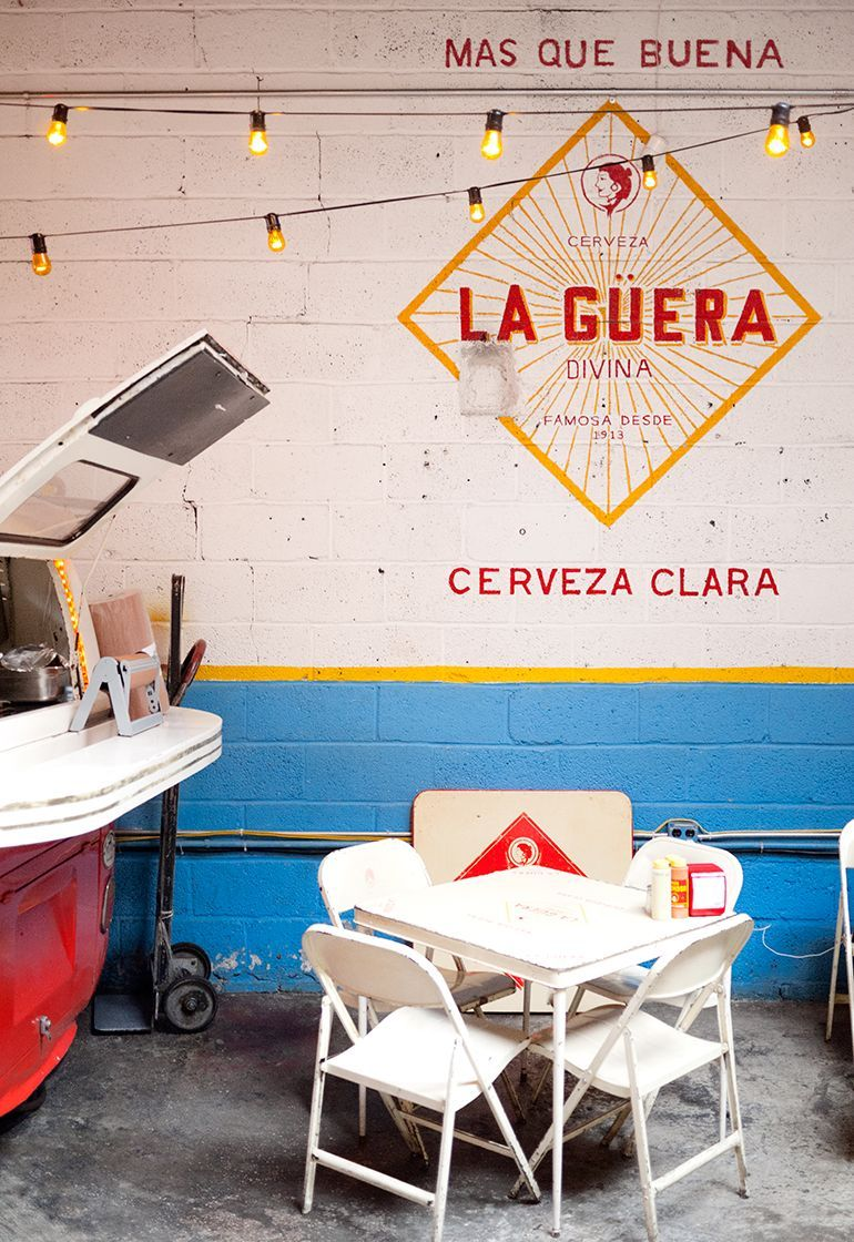 Vintage Bar Chairs And Retro Stools For Your Home Decor Www Barstoolsfurniture Com Mexican Restaurant Design Taqueria Design Restaurant Decor