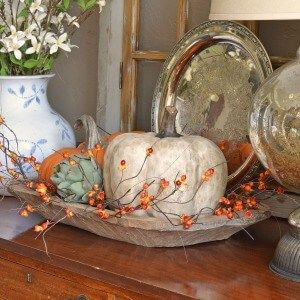 Lilacs and Longhorns Fall decor http://mysoulfulhome.com