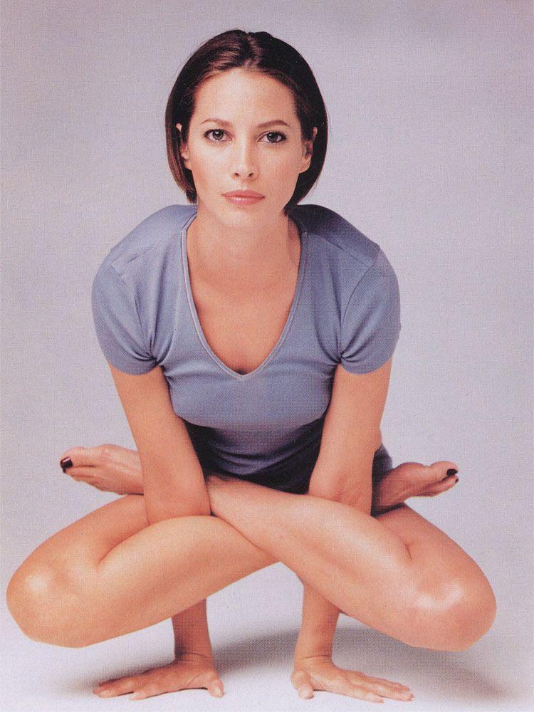 Christy Turlington Loves Yoga