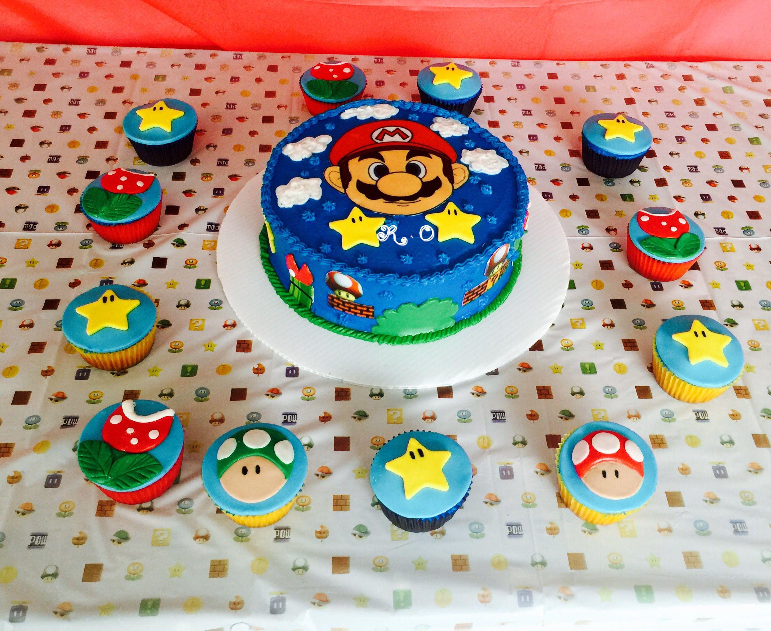 Bizcocho y cupcake de Mario Bros | Mis Cake | Pinterest | Cake