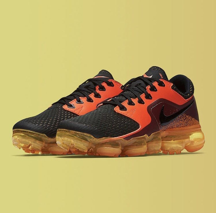 wholesale dealer ace26 5c5d9 Nike VaporMax CS