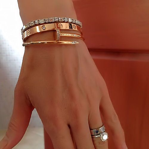 Layering And Stacking Thread Luxury Jewelry Cartier Jewelry Jewelry