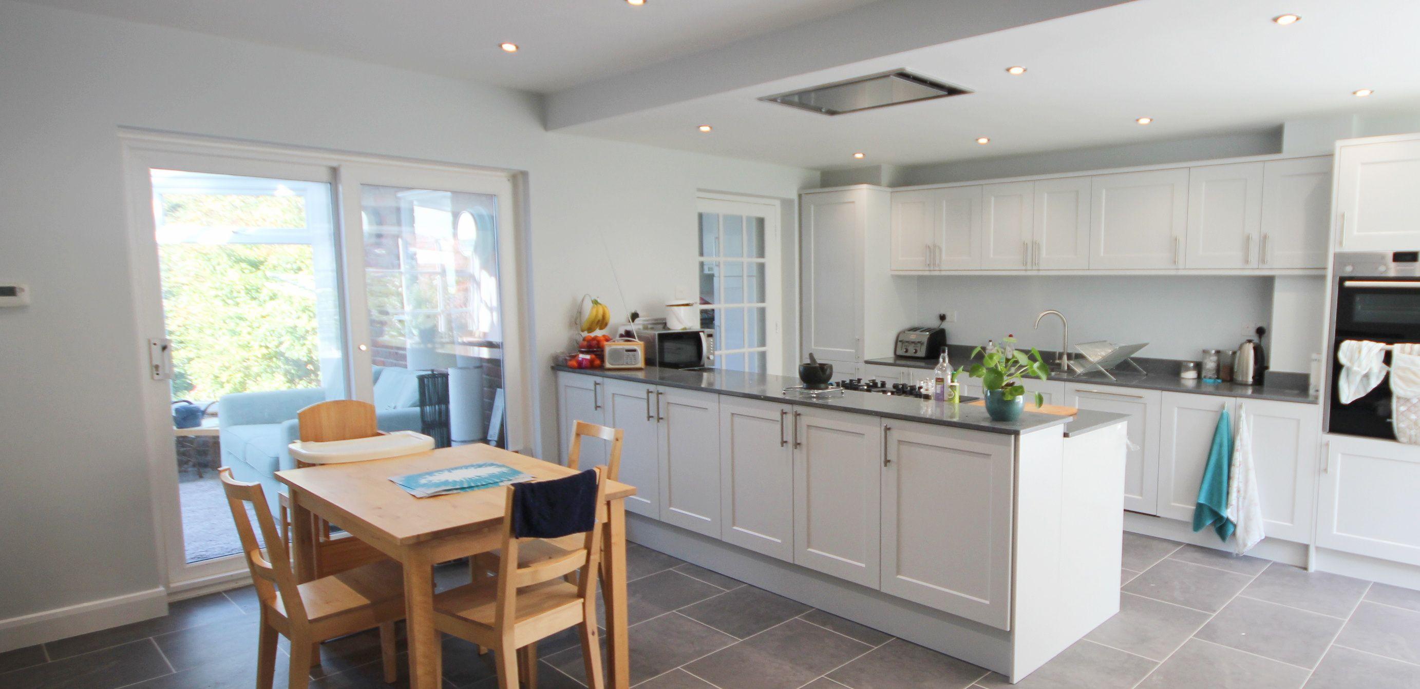 Mereway white shaker open plan kitchen Kitchen gallery