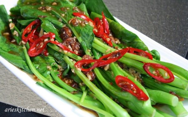 Kailan With Oyster Sauce Recipe Arie S Kitchen Recipe Recipes Food Food Preparation