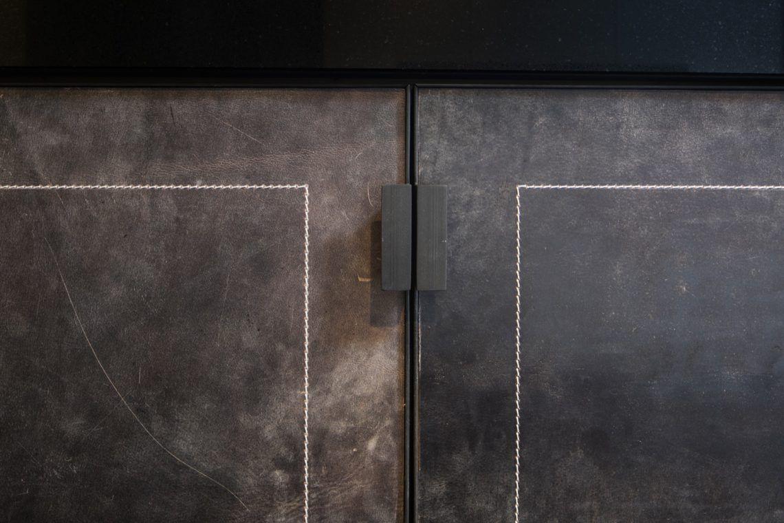 Alphenberg leather samenwerking rmr interieurbouw hoog