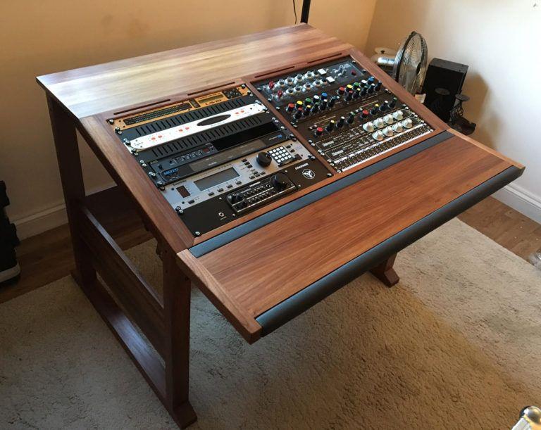 20u producer desk edward web studios en 2019 recording studio home recording studio. Black Bedroom Furniture Sets. Home Design Ideas