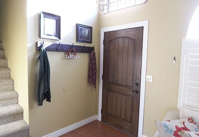 Diy Wall Mounted Coat Rack For Front Door Entryway Wall Mounted Coat Rack Coat Rack Wall Wall Mounted Coat Hanger