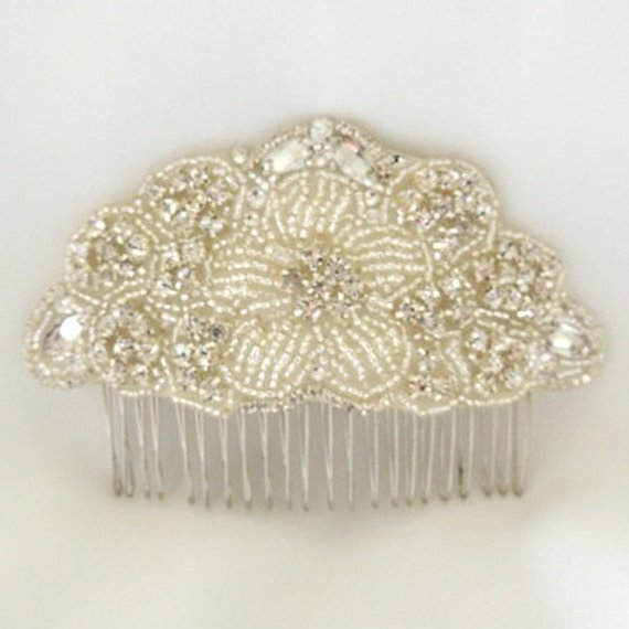 Vintage Inspired Wedding Bridal Crystal Beaded Hair Comb Pearls