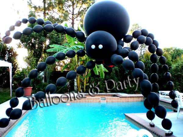 Giant Balloon Spider Over Pool Balloons N Party Decorations Balloons Pinterest