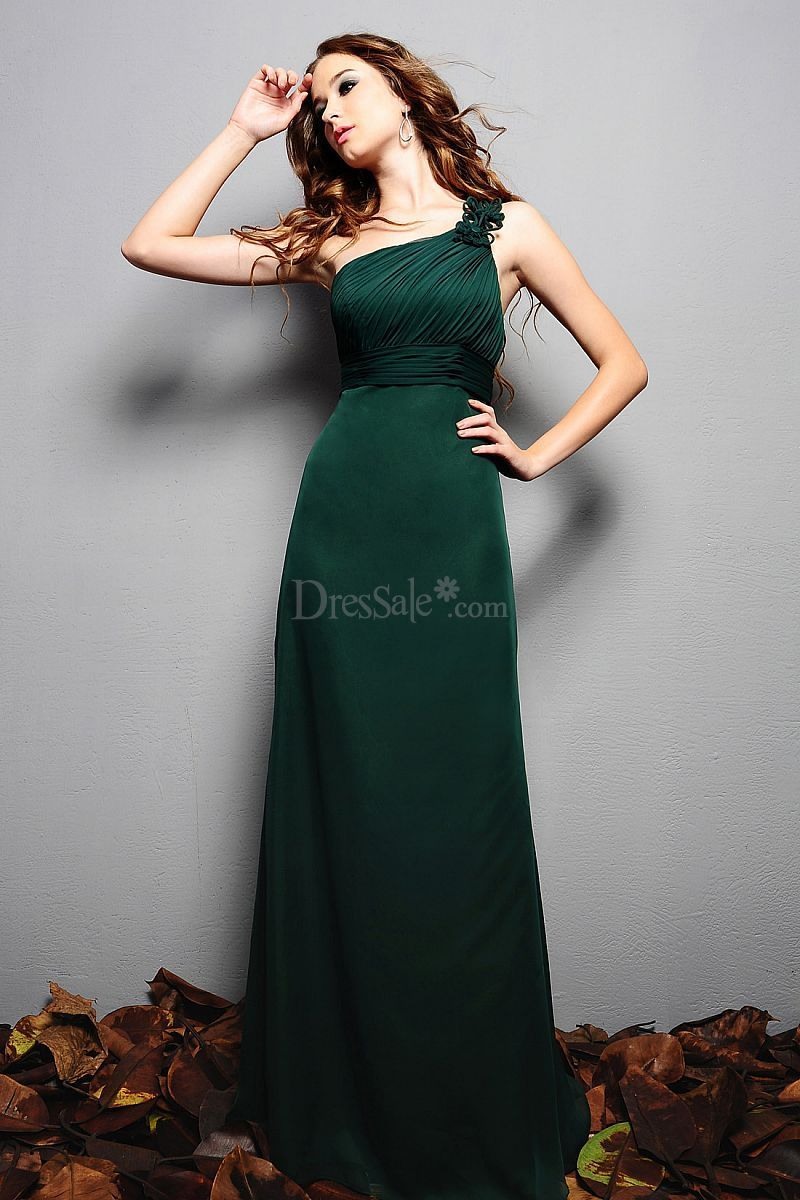 Graceful oneshoulder bridesmaid dress with elaborate ruches