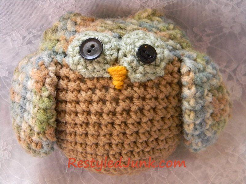 Free Crochet Pattern...really cute owl, link to pattern below pics
