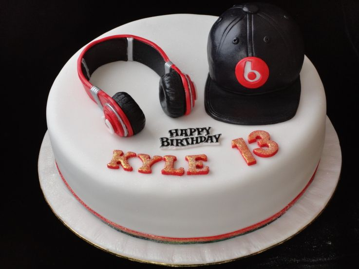 How To Make A Headphone Birthday Cake
