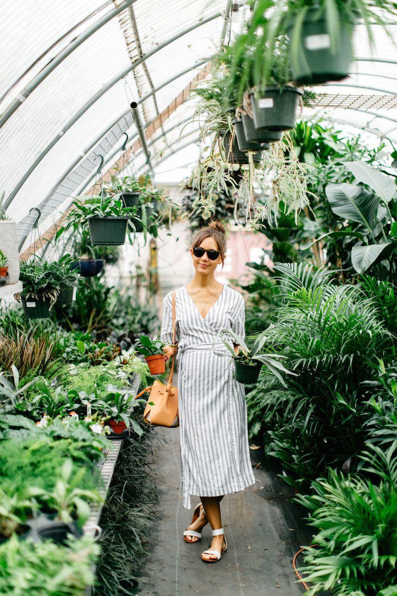 7143c7f82ac2e9d380d564bfc06c4797 - Best Clothes To Wear For Gardening