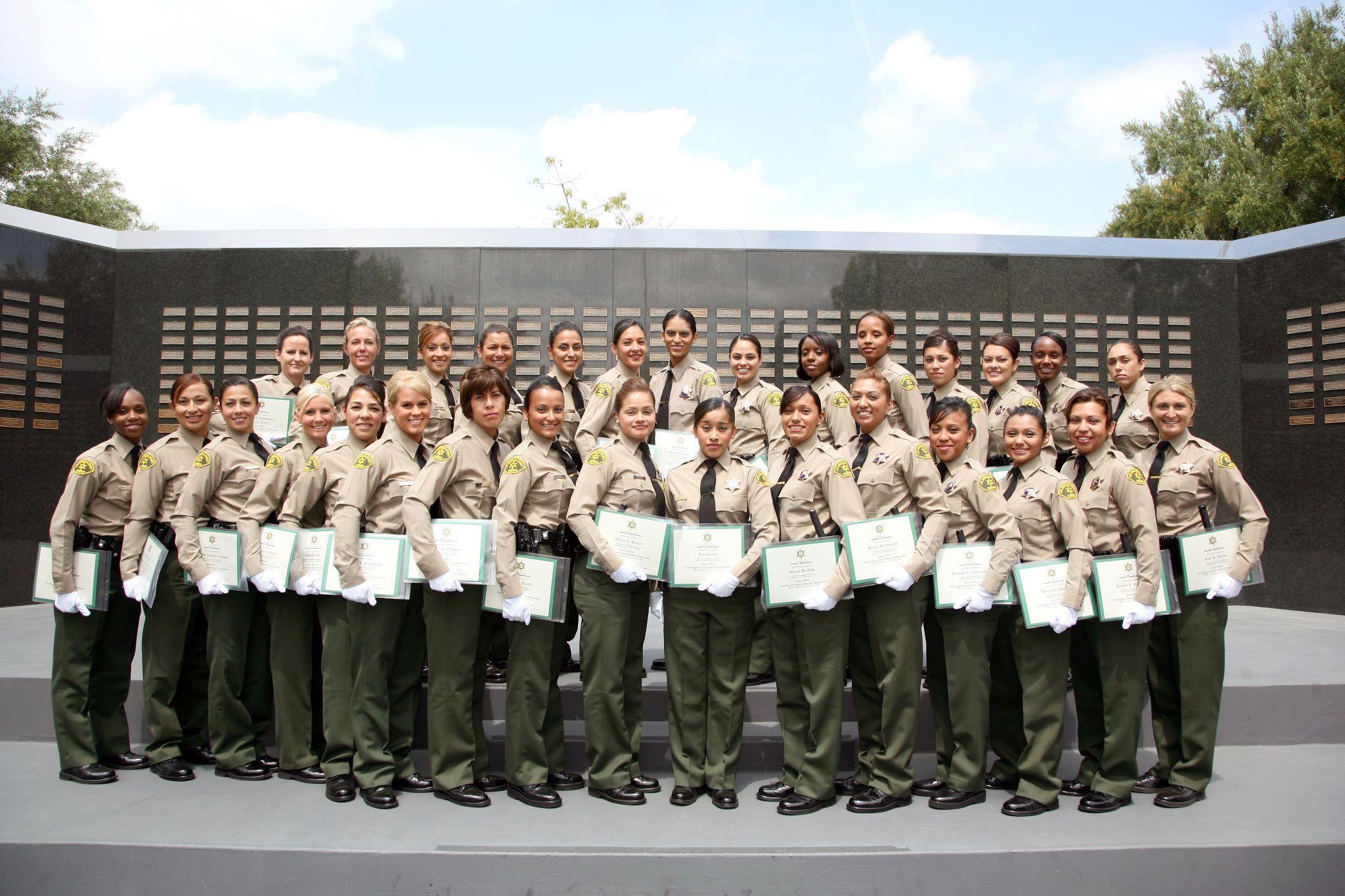 Photo 30 Female Deputies Graduate From Lasd Academy Class 376 In 2009 Photo Credit J Lopez Police Women Female Think Tank