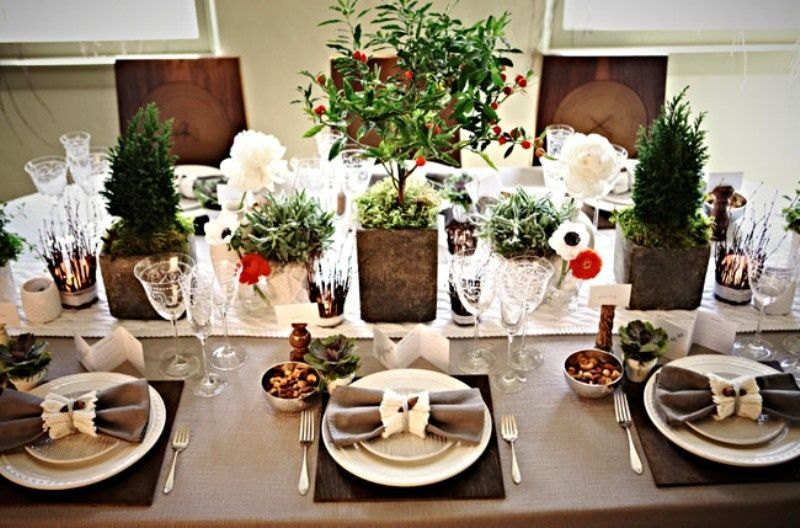 traditional christmas wedding settings | Cozy Table Setting For Your ...