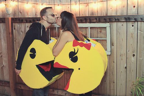 24 Couples Halloween Costumes That Are Anything But Cheesy Couple - 4 man halloween costume ideas