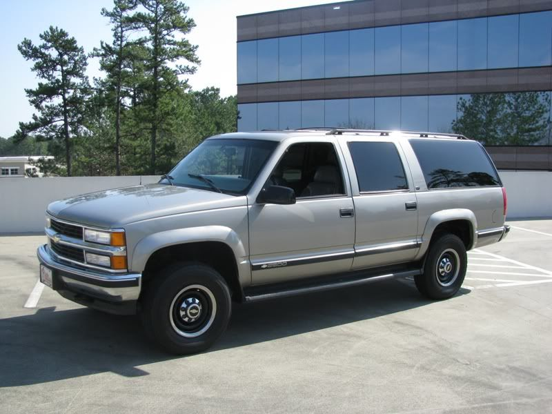 1999 Chevrolet Suburban 2500 454 4x4 Great Truck