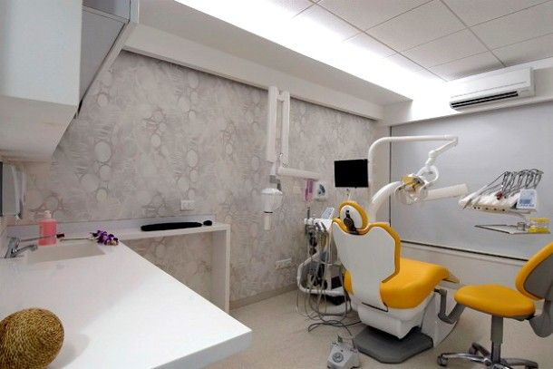 I like the color combination | Dental Office Decor | Pinterest ...