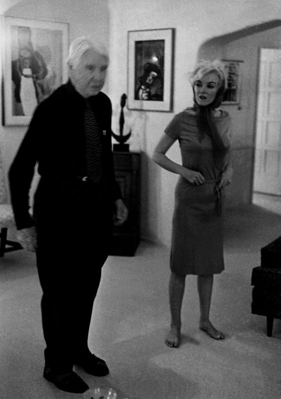 Marilyn and Carl Sandburg at Henry Weinstein's home - January 20, 1962