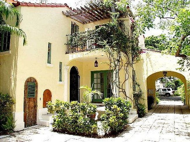 spanish revival carport could be side porch house garden pinterest. Black Bedroom Furniture Sets. Home Design Ideas