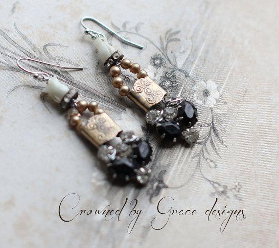Joy  Jahrgang Gefüge Ohrringe einzigartig von crownedbygrace