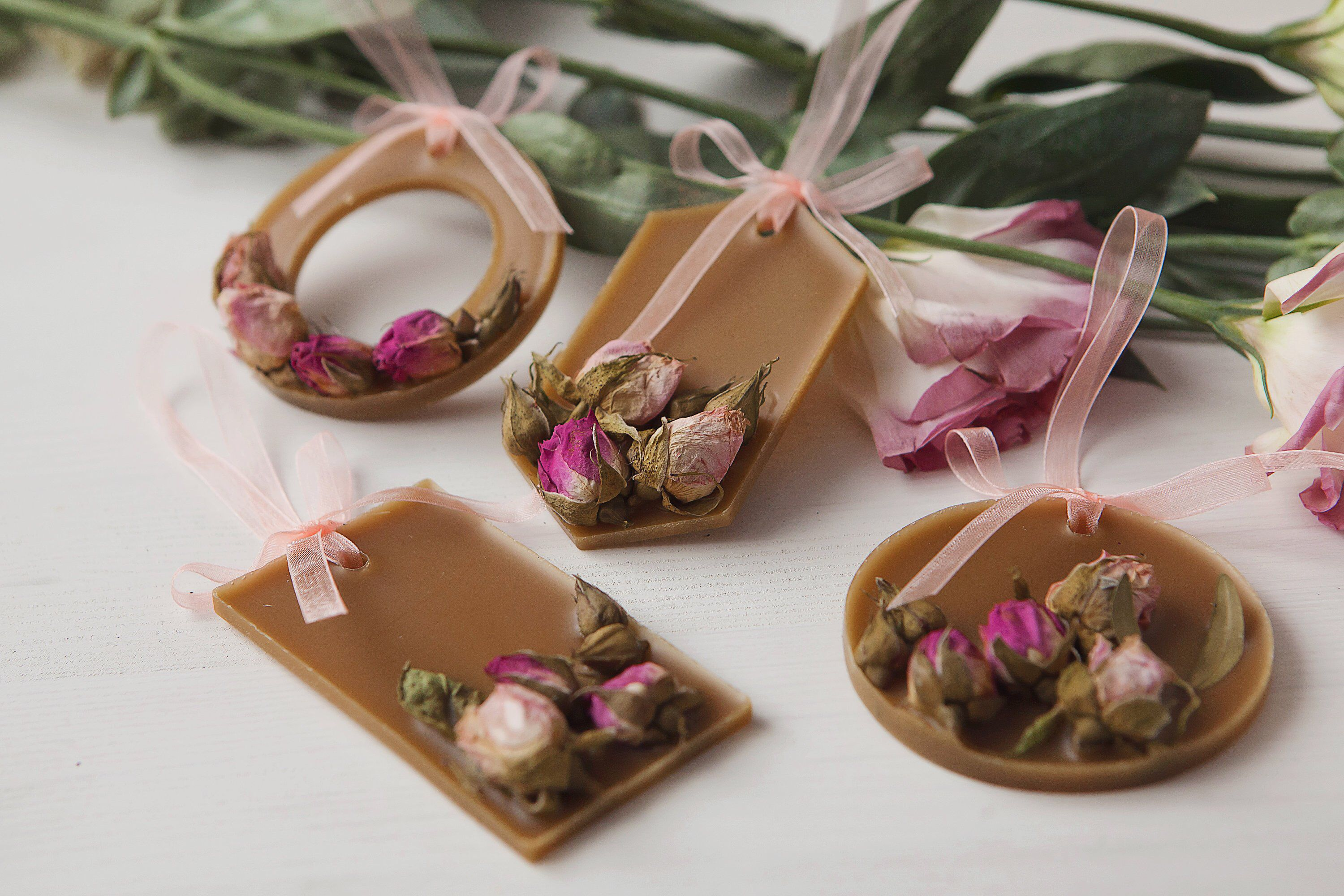 Bulk wedding favors wax sachet scent roses and dried