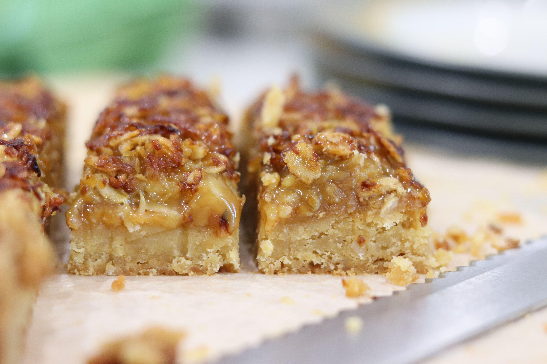 Sticky Oat Caramel Slice #cuppatea