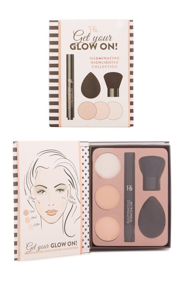 Get Your Glow On Beauty Kit Produit De Maquillage Produits De Beaute Maquillage